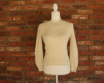 vintage cream ivory textured fitted pullover sweater Size Xs S Lauren Knitwear 60s 1960s boho clothing simple basic fall winter jumper