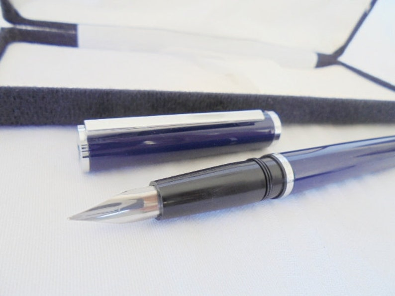 WATERMAN COTELE fountain pen lacque in blue color Original in gift box