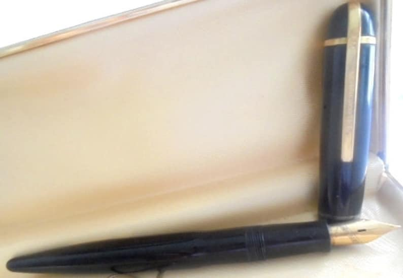 EVERSHARP SKYLINE fountain pen black and gold 14K Original in gift box Desk pen Graduation gift Anniversary Confirmation Collector pen