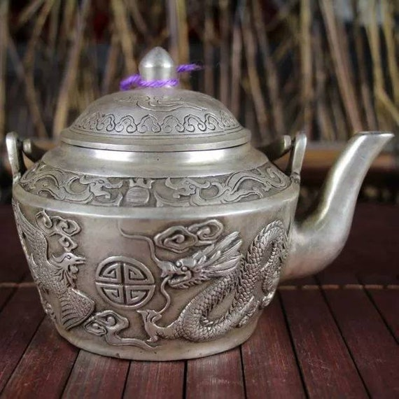 Chinese antique brass carved dragon teapot Qing dynasty Qianlong marked copper tea pot vintage wine pot,Christmas gift,Geomentic ornaments