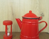 Vintage - Red Enamel Teapot, Kitchen Decoration, Collectable Teapot, Sabby Chic. Plus red vintage wooden egg timer.
