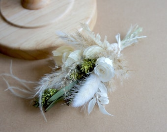 Series BOHO GREEN MIND, dried flowers, stabilized rose, lapel jewelry, boutonniere, flower pin, dried flowers