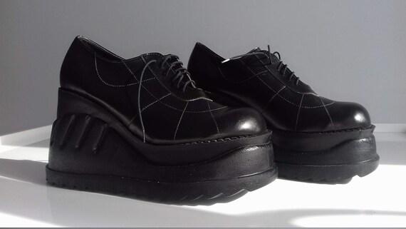 new Deadstock vintage 90s platform shoes boots pla