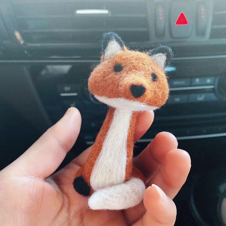 DIY Needle Felting Cute Fox Kit,Felting Wool Kit,Felting DIY Craft Decorations Kit,Felting Kit Beginner,Wool Needle Felt Kit,Instruction.