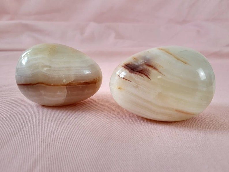 276 Grams Each 2 Onyx Oval Stones Egg Shaped Paperweights