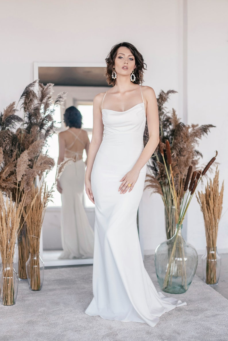 Brautkleid schlicht elegant, Brautkleid enganliegend schlicht