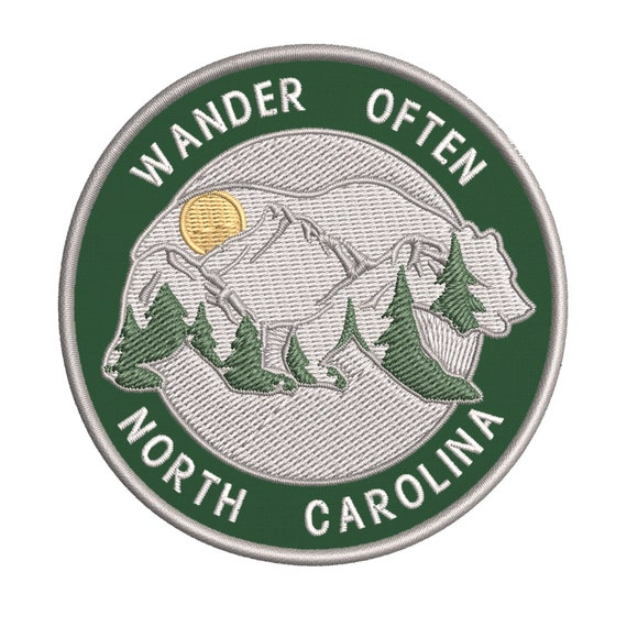 Compass WANDER Embroidered Patch Iron-On Souvenir Travel Nature National Parks