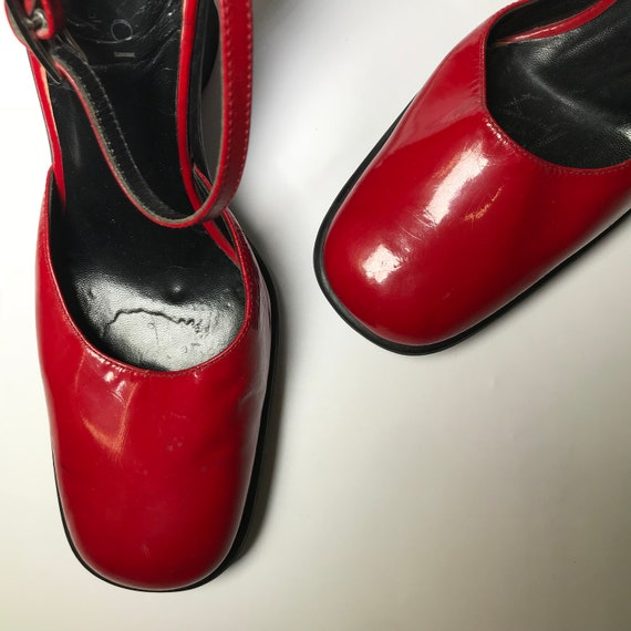 Gucci MARYJANE red shoes