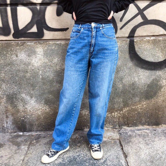FENDI HIGHWAISTED JEANS