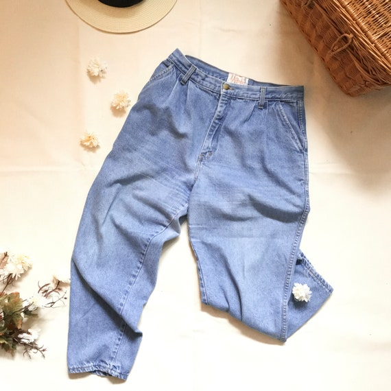 Vintage High-waisted pleated jeans