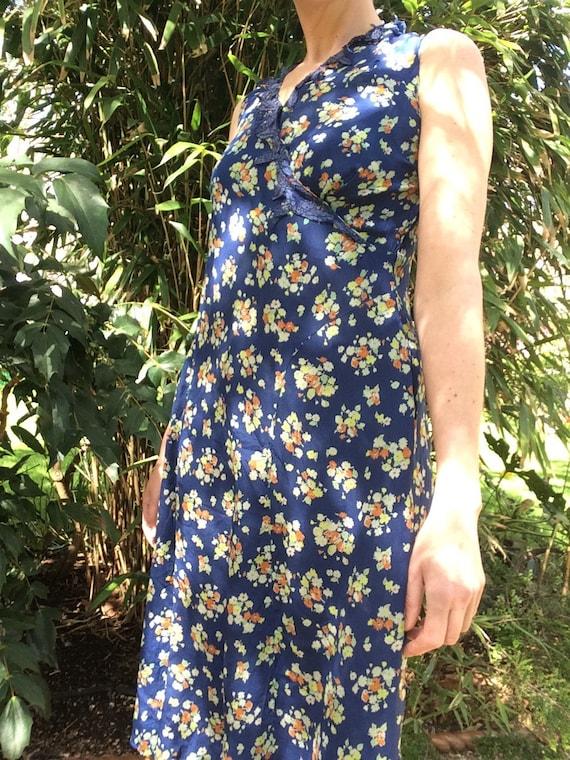 Vintage 1930s silk dress. Day dress. - image 2