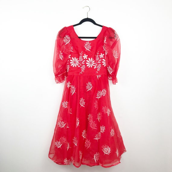 Vintage red embroidered midi dress bohemian puff s