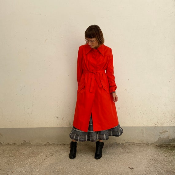Strawberry RED coat Vintage 70s wool duster light