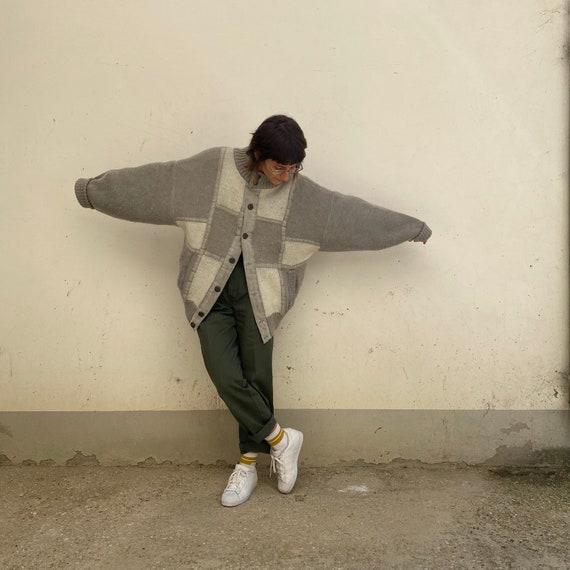 Oversize Vintage 90s /Grey White Wool Cardigan / O