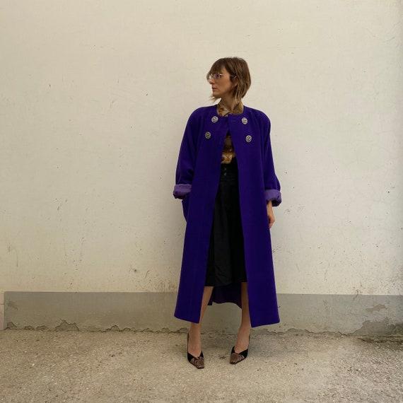 VALENTINO Miss V vintage 80s coat in wool Valentin