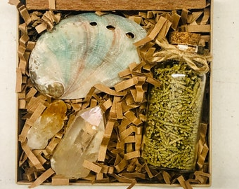 Mini Smudge Kit w/ Crystals, Small Red Abalone Shell & Bottled Loose Juniper, Citrine Crystal Point, Clear Quartz Terminated Point, Gift Set