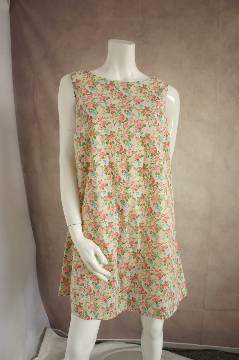 Vintage Hand-Made Floral A-Line Dress Size Medium Oversized Tent Style