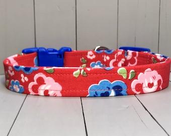 "3/4"" Medium Fabric Covered Nylon Webbing Handmade Dog Collar ~ Red Bold Americana Floral"