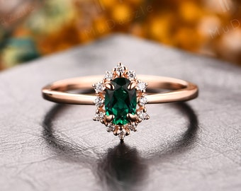 Gorgeous Emerald Jewelry//Solid Gold Emerald Engagement Ring//1/2CT Tiny Emerald Women's Ring// Mother's Day Gift Ring//Emerald Wedding Ring
