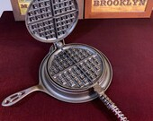 1920 39 s Griswold 8 LBL Cast Iron Waffle Iron (beautiful)
