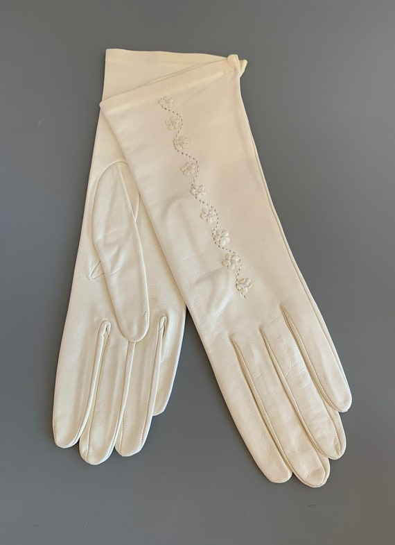 Vintage White Leather Tea Length Embroidered Glove