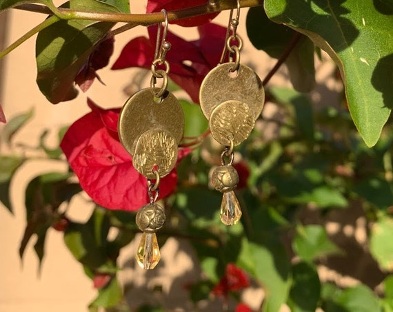 1.5/1.75 Hammered mixed metals with glass & brass beaded earrings