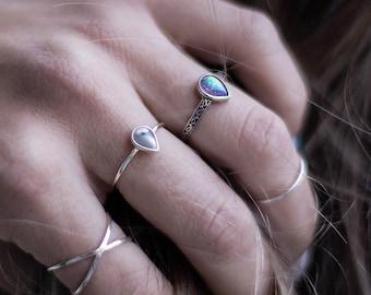 Ethiopian Opal /& Iolite Gemstone Rondelles with Thai Hill Tribe Fine Silver Bracelet ~ 7.25 Length ~ Black Purple Blue