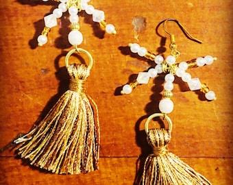 White and Golden Shooting Star Tassel Earrings
