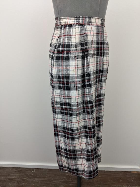 Vintage 1960s Patterns, Plaid Midi Skirt, Rayon B… - image 7