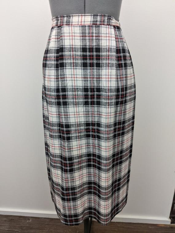 Vintage 1960s Patterns, Plaid Midi Skirt, Rayon B… - image 1