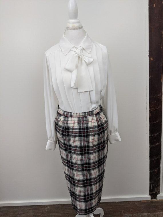 Vintage 1960s Patterns, Plaid Midi Skirt, Rayon B… - image 9