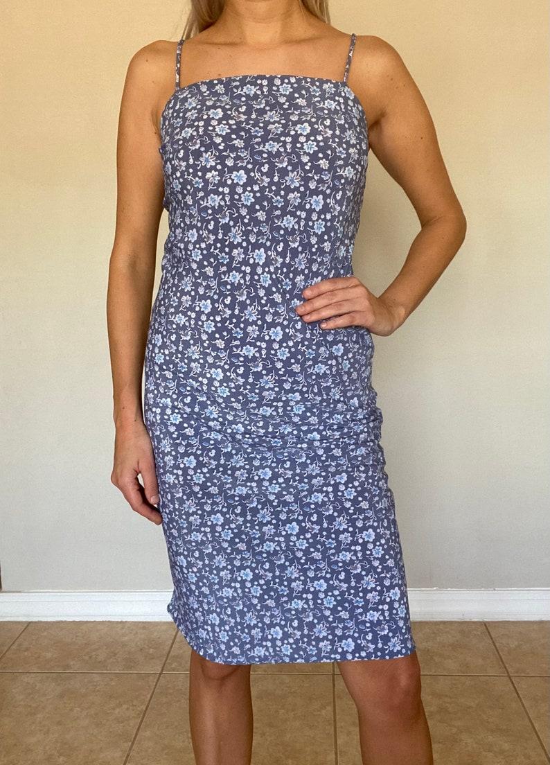 Sleeveless Dress \u2013 Women\u2019s Vintage Clothing \u2013 Women\u2019s Vintage Dress Vintage 1990s Blue Floral Print Dress