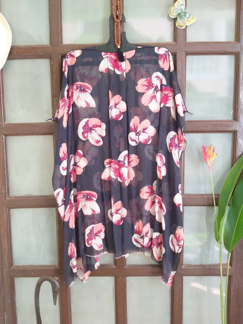 loose kaftan,gift for women,organic viscos dress,viscose top tunic Floral top poncho Casual,free size poncho,modern poncho,plus size caftan