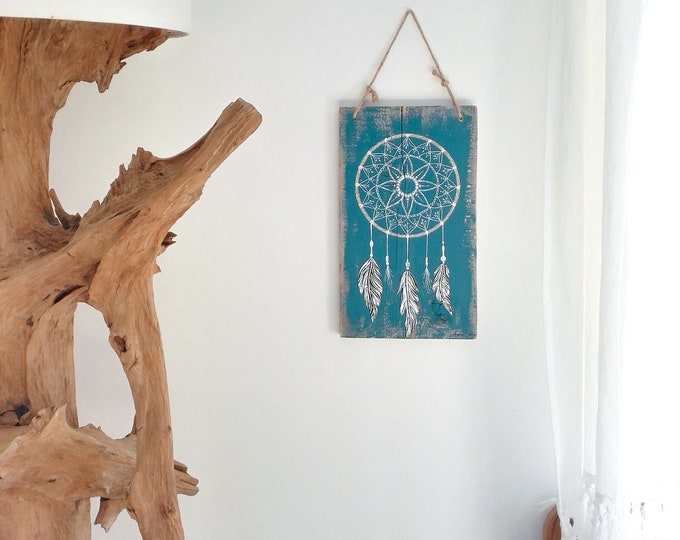 Painting catch-dream painting on salvage wood and metal feathers