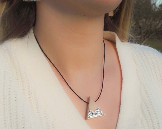 Beech necklace - wooden and silver triangle 925 - Trinity Mixed Jewel Collection