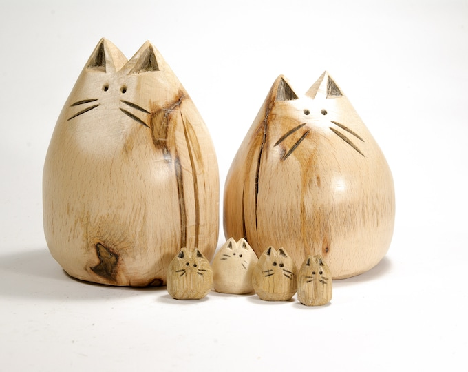 Big Kitten - Wooden Cat Statue