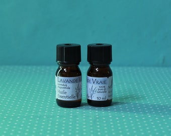 2 bottles of true lavender essential oil