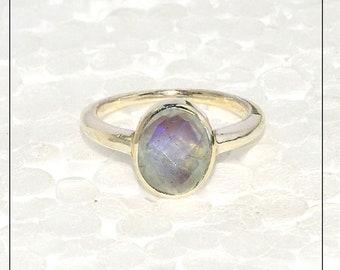 Stunning Silver Ring, RAINBOW MOONSTONE Ring, Sterling Silver Ring, Wedding Gift ,Handmade Silver Ring, Bezel Ring, Gift Ring, Birthstone