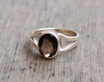 delicate wedding SALE!Smoky Quartz Ring,brown jewelry tiny oval ring simple ring,genuine stones ring sterling silver ring stacking ring
