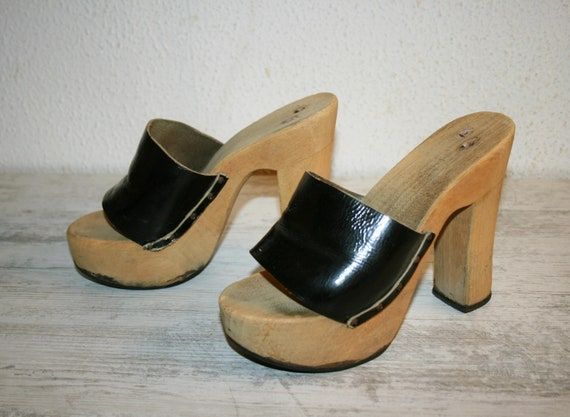 70s ITALIAN Wooden Platforms CLOGS 74s /wooden mul