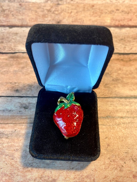 Vtg Enamel Bright Red and Gold Strawberry Brooch,… - image 2
