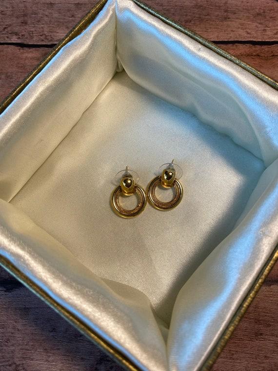 Vtg retro Monet Gold Tone Earrings, dual style ci… - image 7