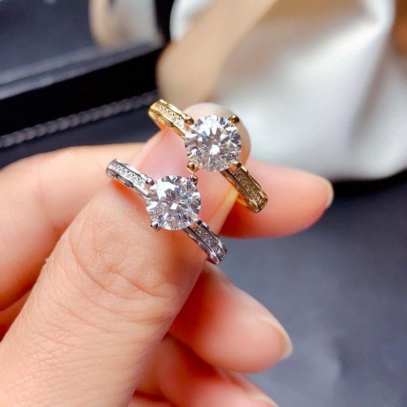 Gift for Her Woman Moissanite Engagement Ring CZ Diamond Moissanite Band Ring Moissanite Jewelry 925 Sterling Silver Moissanite Ring