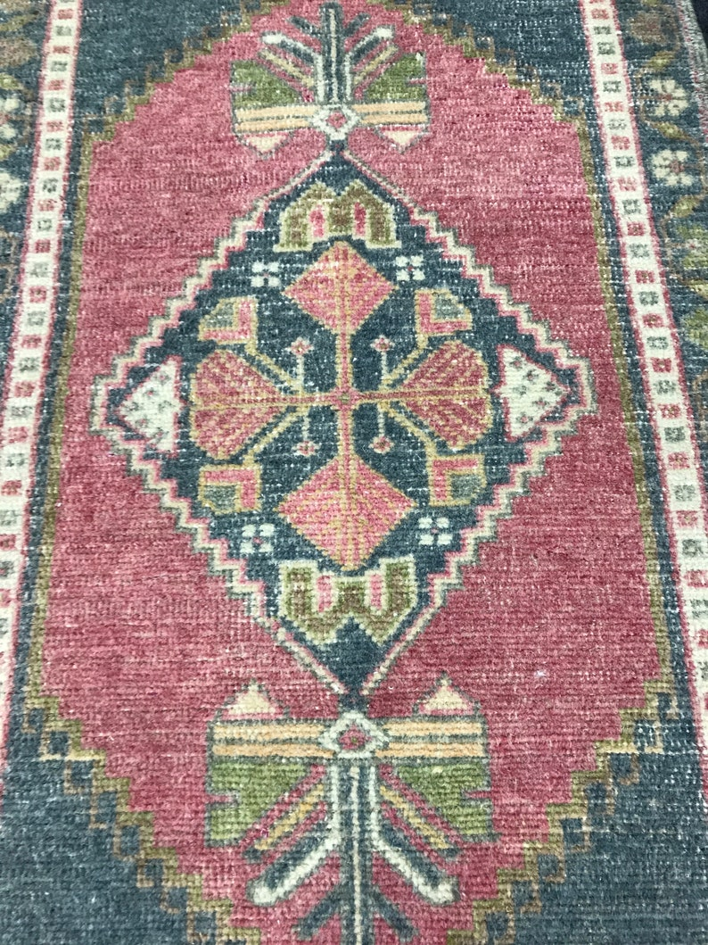 1.9 x 3.2 ft Oushak Rug,Turk\u0131sh Rug,Anatolian Rug,Vintage Rug,Old Rug,Handmade Rug,Natural Rug,Small Rug,Bohemian Rug,Boho Rug,Door Mat