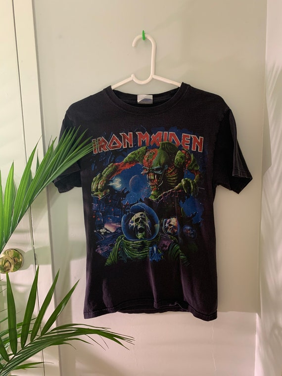Vintage 2000s Iron Maiden tee S