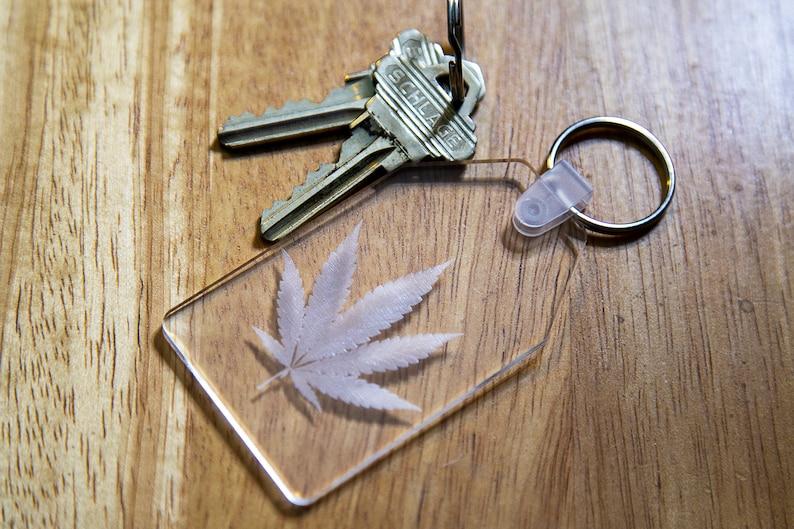 Cannabis Marijuana Leaf Plastic Key Chain Pot Leaf