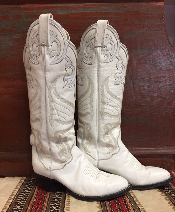 1980s Ladies Vintage White Tony Lama Leather Cowbo