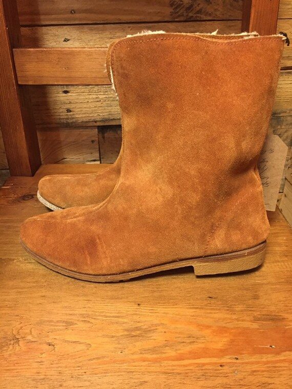 1960's Ladies Mod Suede Shearling ankle boots