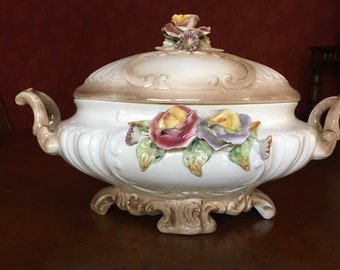 FRANCE Antique rare SMALL charming terrine RELIEFHENKEL soupe soup bowl France bowl Fajence white old white franske brocante