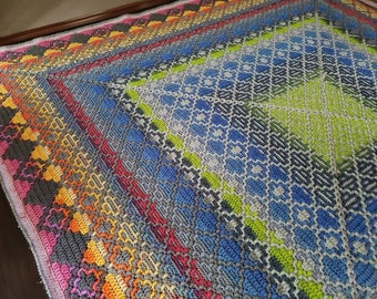 Easy geometric mosaic crochet afghan/blanket pattern No Limits. 4 patterns. Gender neutral. Includes: chart and mosaic crochet basics, tips